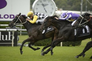 Thump (inside) won the Triscay Stakes at Randwick on Saturday.