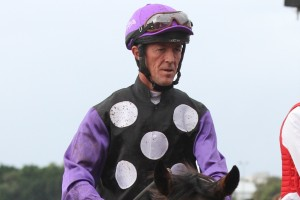 Peter Robl will miss the next month of racing after a fall at Scone yesterday.