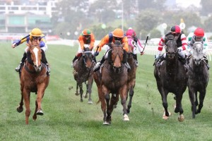 So Si Bon (right) is unlikely to gain a start in the Group 1 Memsie Stakes on Saturday week. Photo: Ultimate Racing Photos